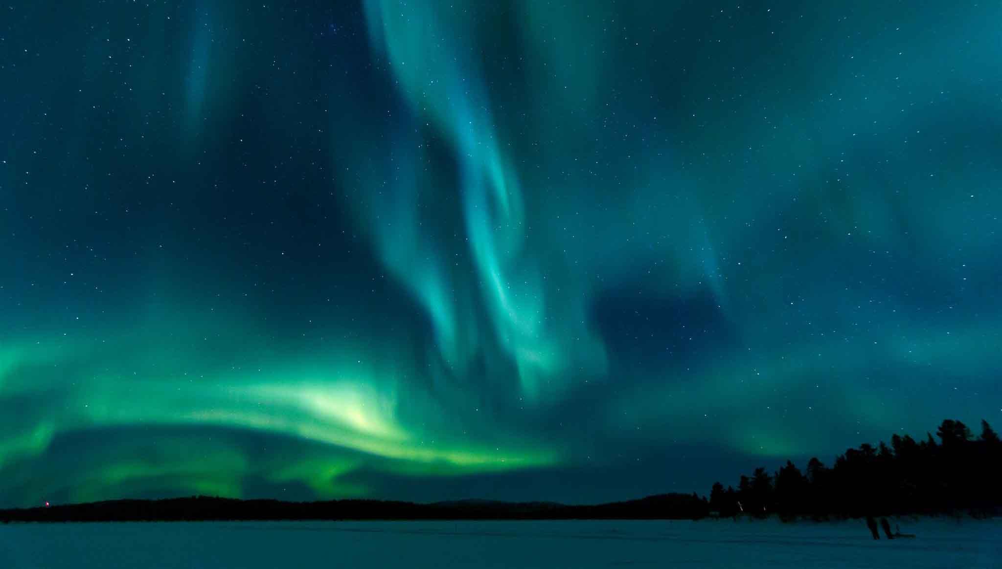 Natale a rovaniemi e natale in lapponia a casa di babbo natale for Sfondi aurora boreale