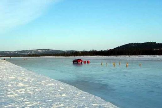 Guida sul ghiaccio