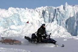 Isole Svalbard in motoslitta